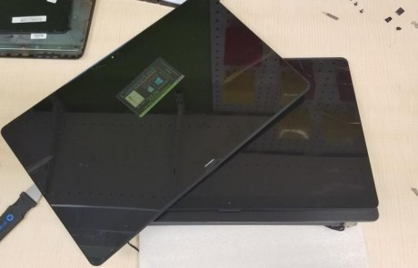 Sony-Fit-15A-cracked-sscreen-new-screen